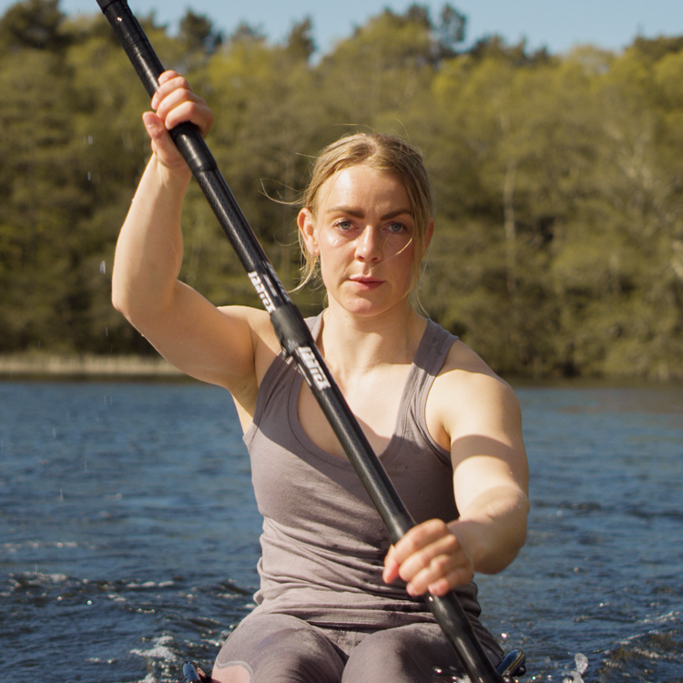 Derrière la scène: rencontrez Cathrine, une passionnée du kayak